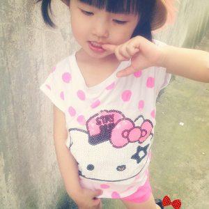 K1259 เสื้อยืดเด็ก แต่งเลื่อม ลาย Hello Kitty
